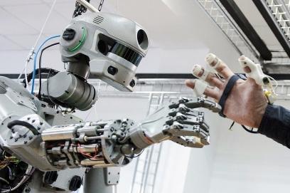 testing_russian_humanoid_robot_fyodor_tass_19100682_b