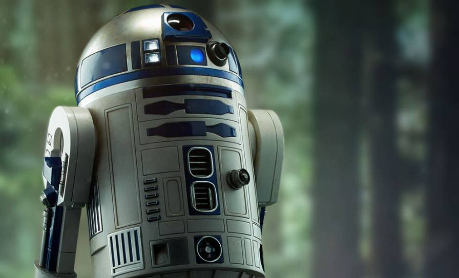 star-wars-r2-d2-legendary-scale-feature-400155