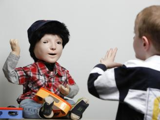 kaspar-robot-autism