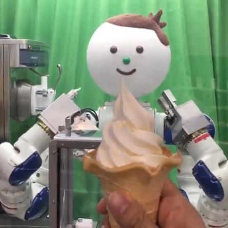 yaskawa-kun-ice-cream-robot-japan